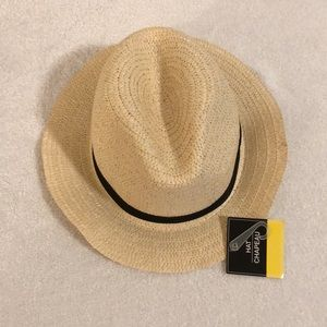 NWT straw hat. Never worn